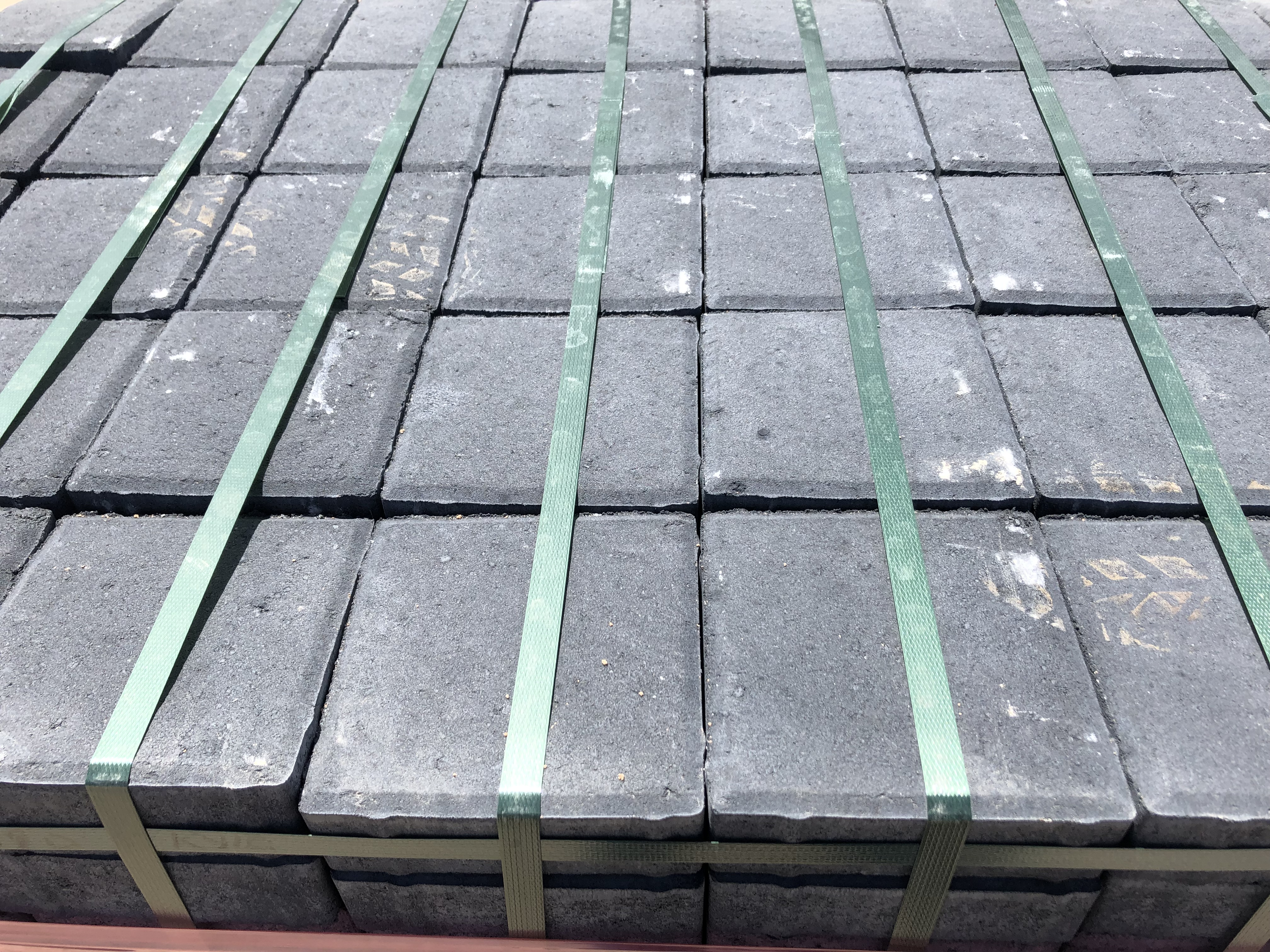 Jenkor Brick Sales - clay bricks, concrete bricks, paving, cement, building materials. Cape Town.